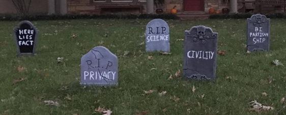 rest-in-peace-halloween-graveyard